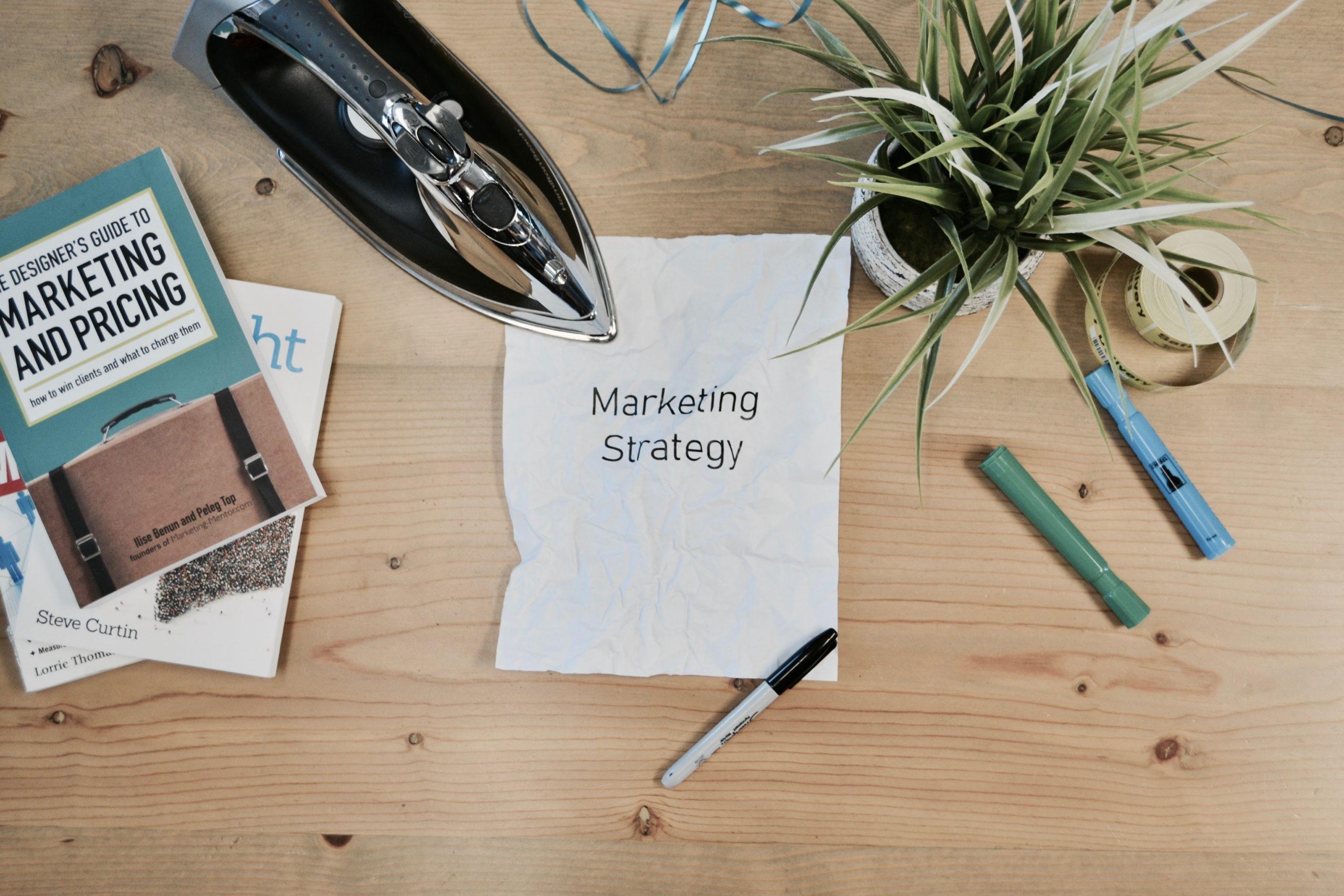 【おばあちゃんでも分かる】マーケティング戦略のフレームワークとは?